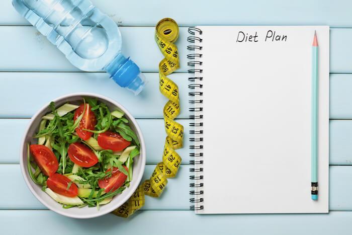 お腹周りの脂肪を減らす食事方法