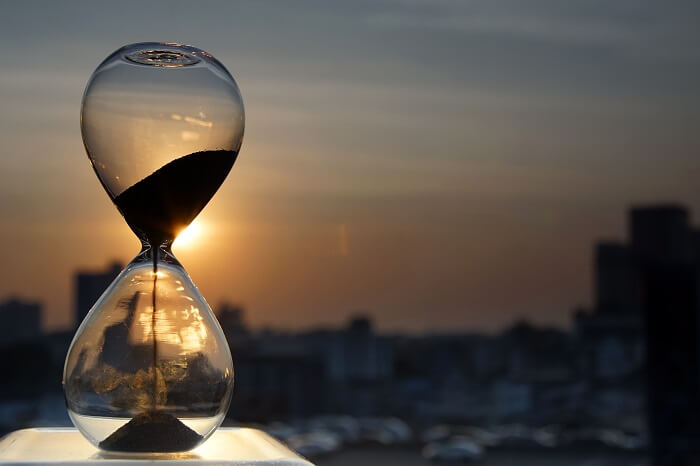 筋トレは夕方の15〜18時が最適!朝や夜に筋トレを行うデメリットや注意点とは?