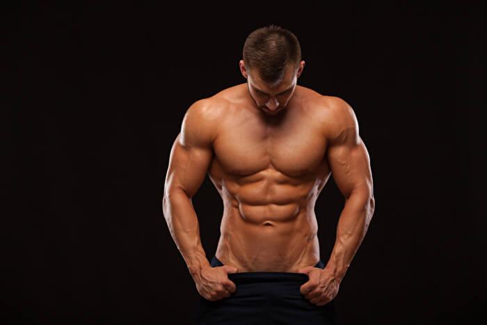 体幹に力を入れる
