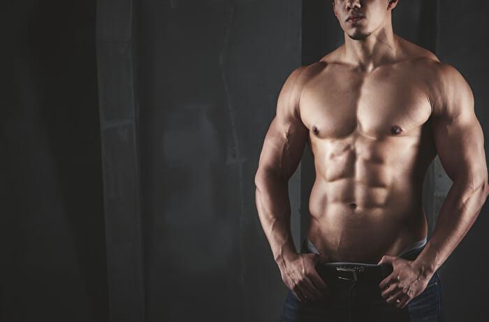 L字懸垂で鍛えられる筋肉